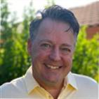 Portrait photo of Simon Davis, MCR.w